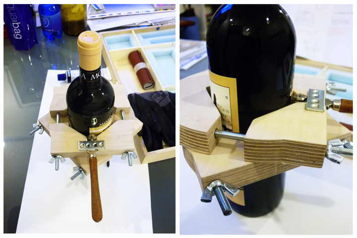 tagliavetro su bottiglia di vino